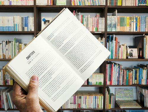 book-3312854_1920.jpg