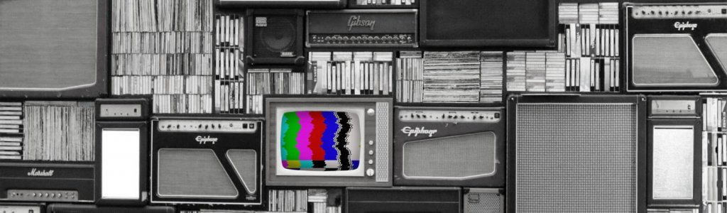 tv-2964103_1920